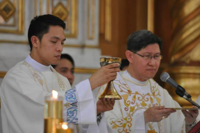 With Cardinal Tagle, Jun Figueroa