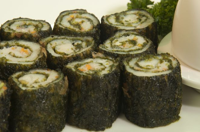 Fish Nori Roll