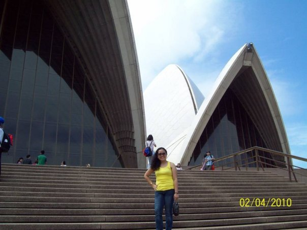 My first time to travel alone in Sydney, Australia in 2010 to attend my uncle's 50th birthday