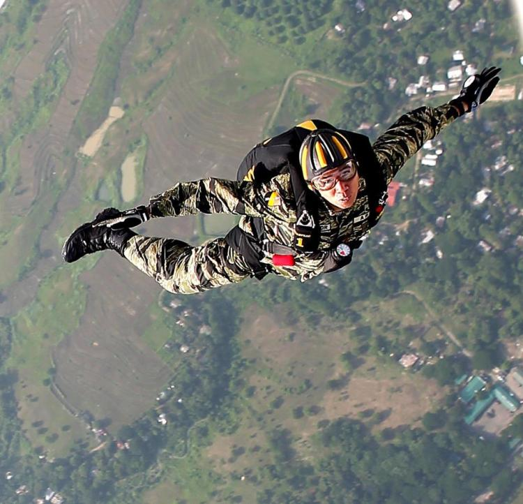 """Surrender is not creed"" - Parachutist Creed (Photo by Stephen Yap)"